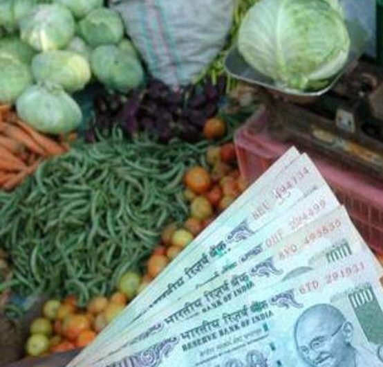 Food prices push retail inflation to 8-month high of 7.34% in Sept